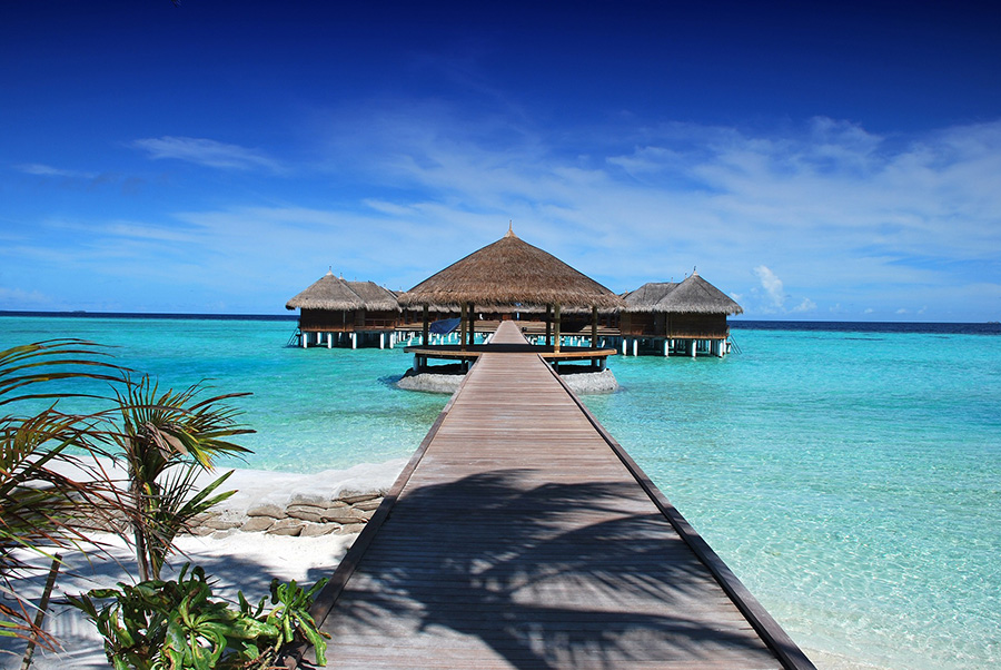 9 Hotels & Resorts in the Maldives Hiring Right Now