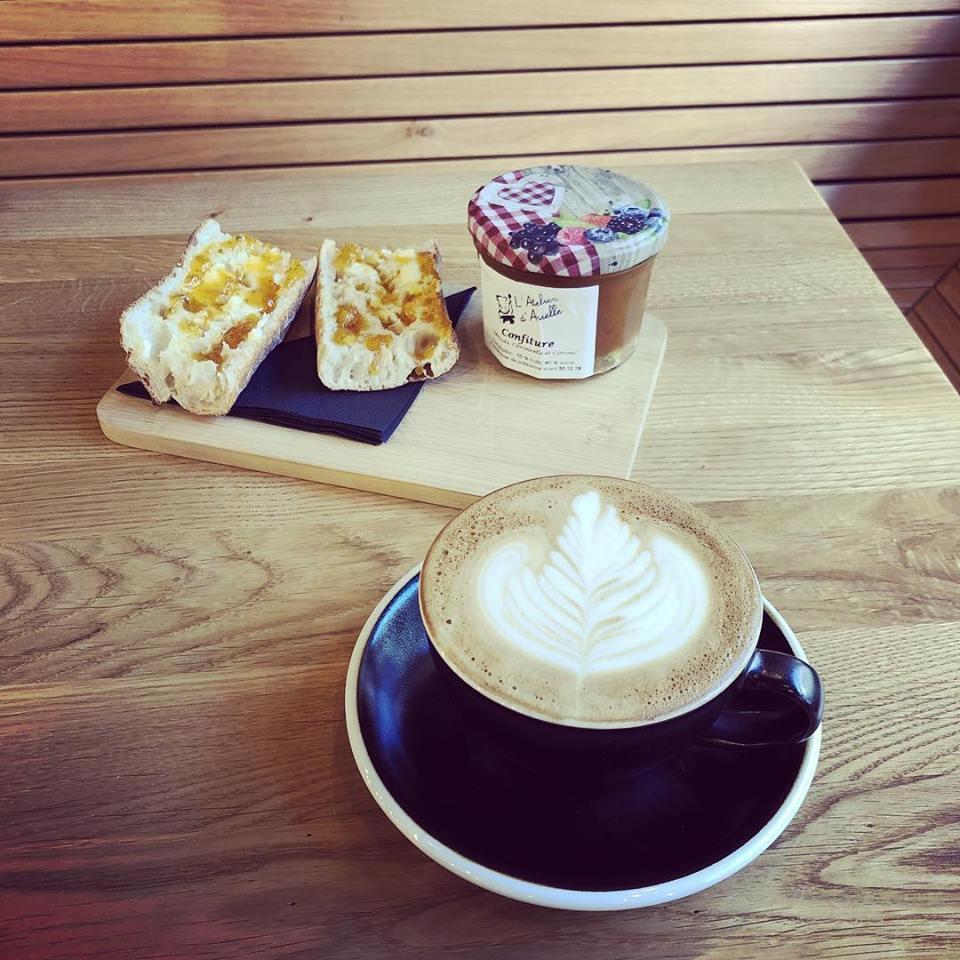 BREW Coffee Shop & Bar