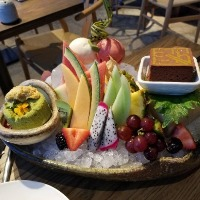 A trendy Japanese restaurant in Miami needs a Pastry Cook in its team!