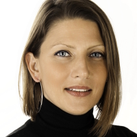 Stephanie Nadin
