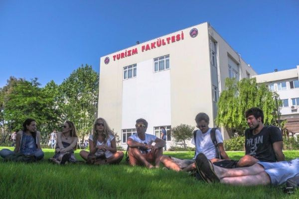 Akdeniz University - School of Tourism & Hotel Management