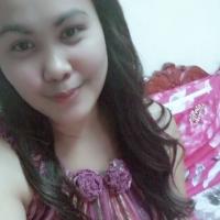 Rowena Omlang