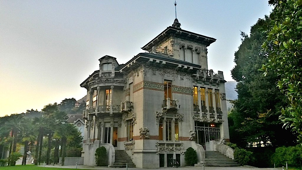 IATH - International Academy of Tourism and Hospitality Lake Como