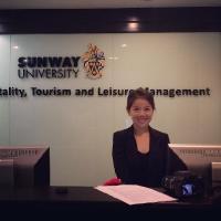 Elaine Sia
