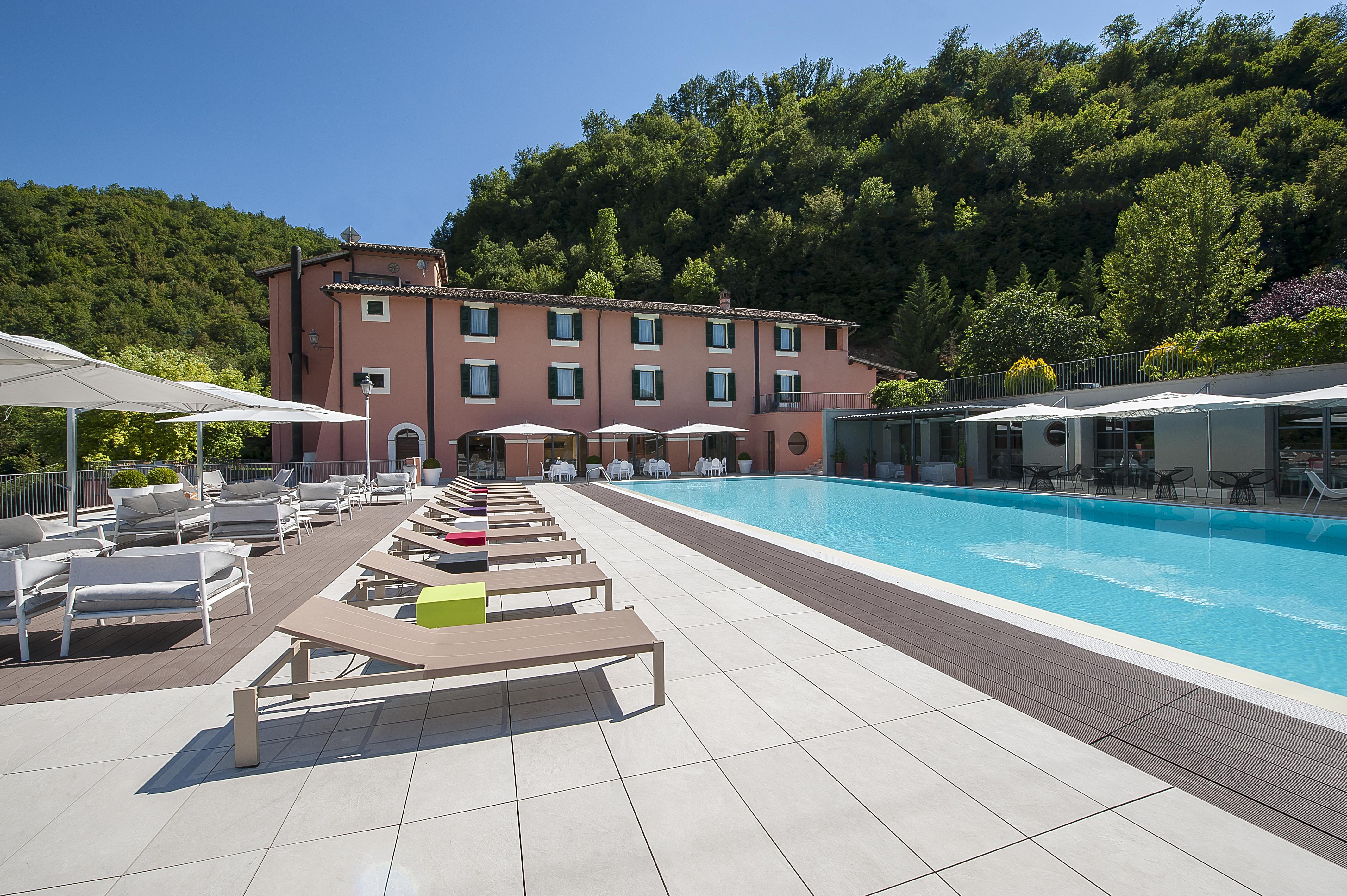 Magrelli Hotels & Restaurants
